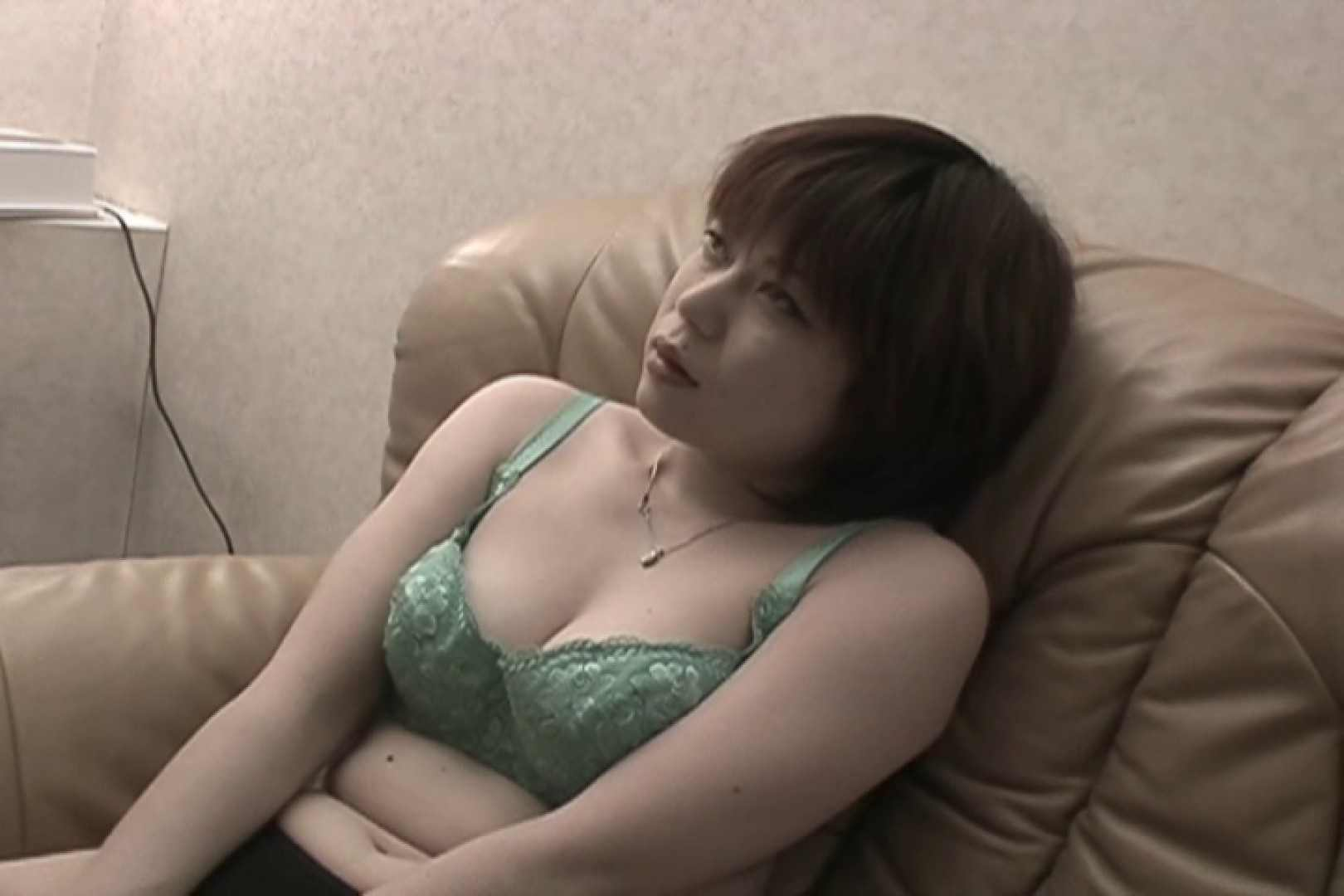 Hするために生まれてきたようなイキまくりの極エロ人妻~小池ゆり~ 熟女  108連発